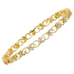 14Kt Yellow Gold  Flower Design Diamond Slip On Bangle (0.40cts tw)