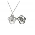 14Kt White Gold Flower Design Diamond Necklace (0.3cts tw)
