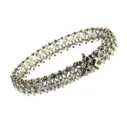 18Kt White Gold Three Row Diamonds Bracelet  (9.95cts)